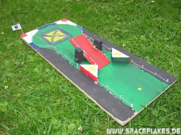 Mini-Minigolfbahn | SpaceFlakes.de